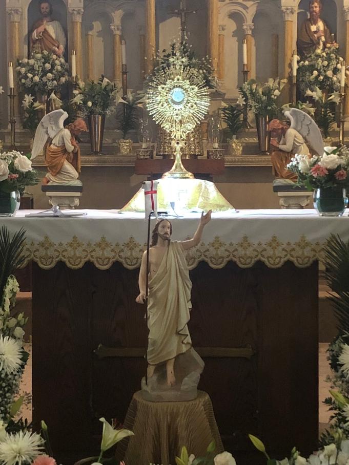 Blessed Sacrament - Santisimo Sacramento con Cristo Resucitado